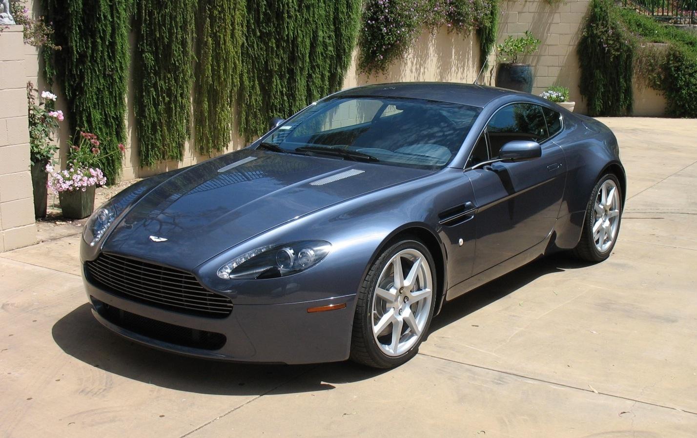 Aston Martin V8 Vantage Looks Good And Goes Fast Mycarquest Com